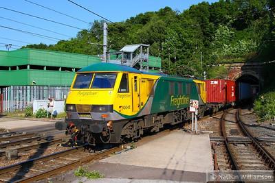 Class 86 / 90 Hauled Workings