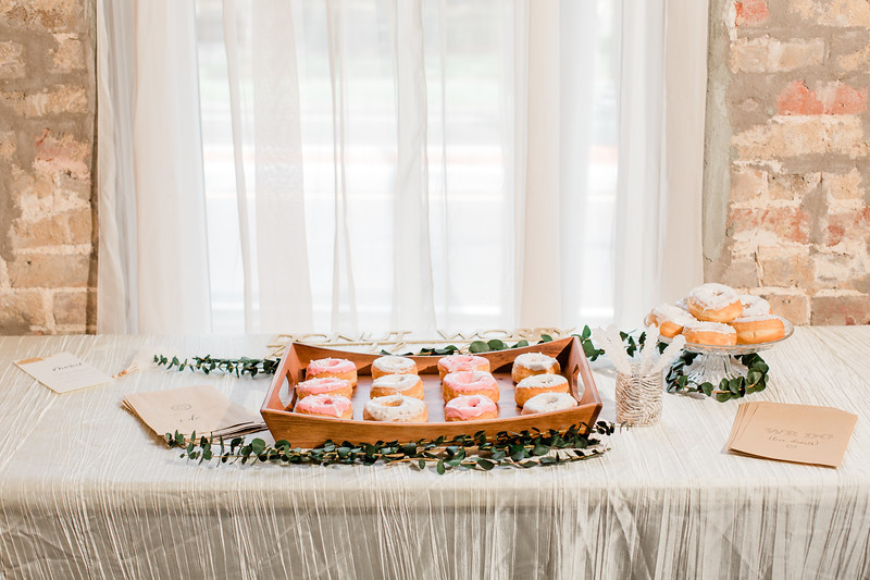 New Orleans Styled Shoot at The Crossing-96.jpg