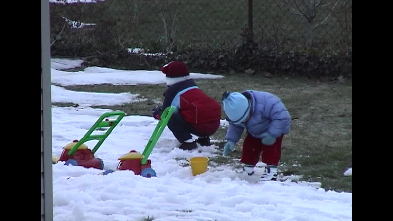 Playing in the Snow (3).mp4