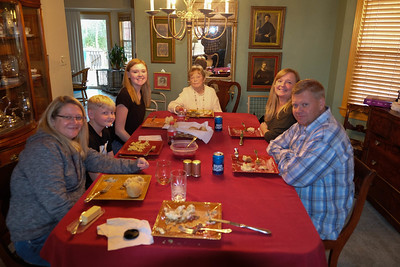 Thanksgiving and Xmas Decor