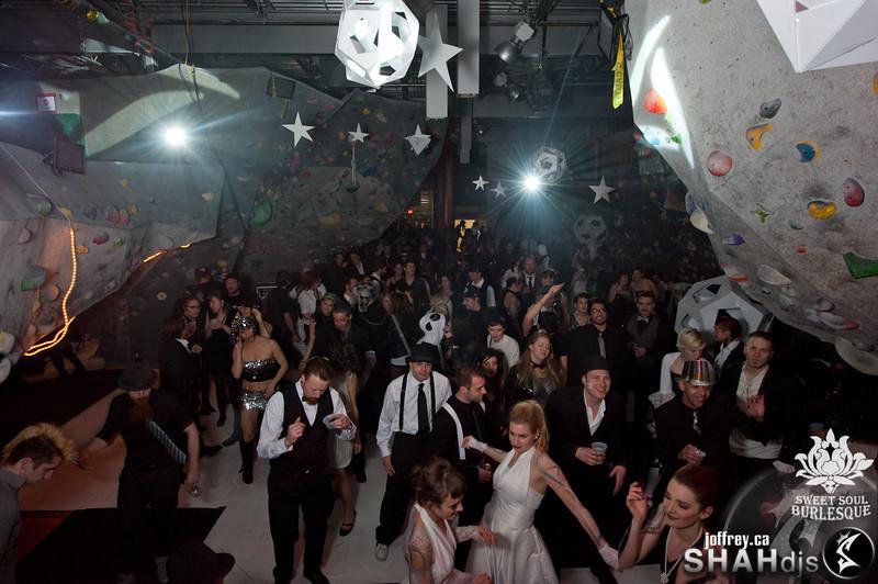 moonlight shah djs nye 2013 www.joffrey.ca (37 of 166).jpg