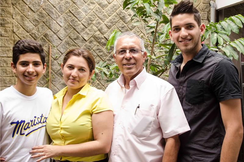 juliio'snewfamily.jpg