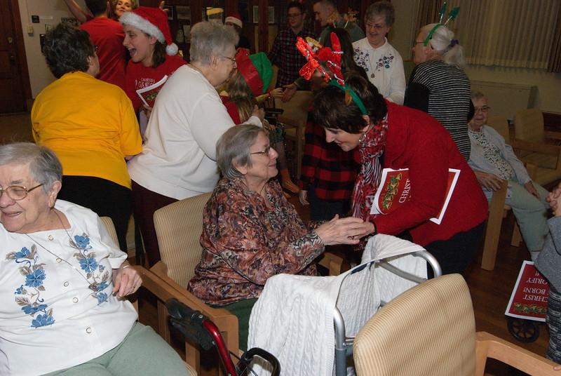 2018-12-19-Christmas-Caroling_028.jpg