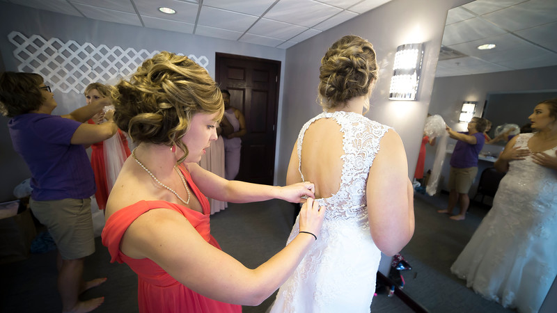 Laura & AJ Wedding (0144).jpg