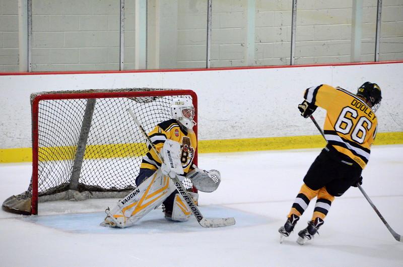 150904 Jr. Bruins vs. Hitmen-057.JPG