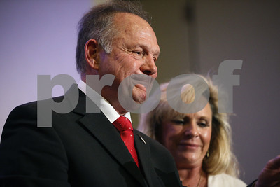 wife-of-alabama-senate-candidate-roy-moore-says-he-wont-quit