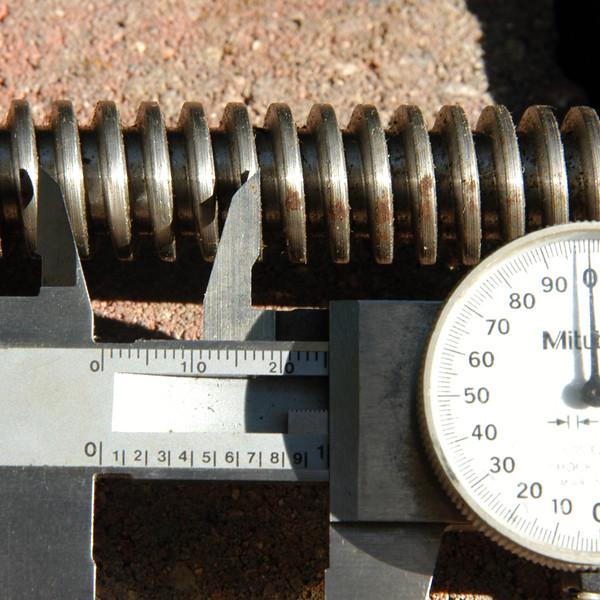 screw2.jpg