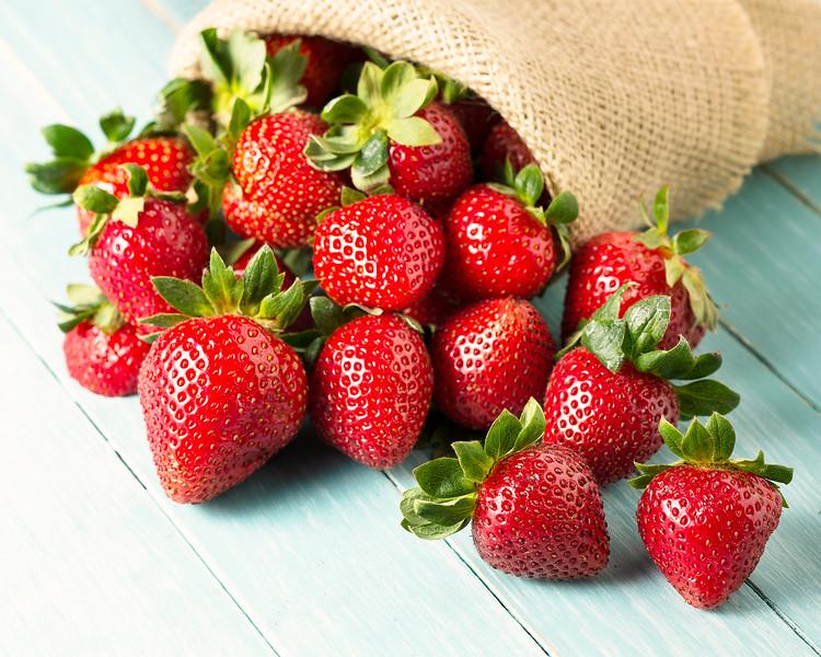 strawberries_EAC1031.jpg