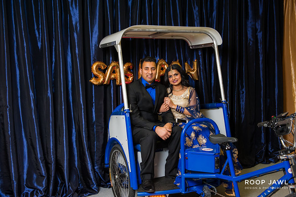 Sashaan's Lohri Party Photo Booth