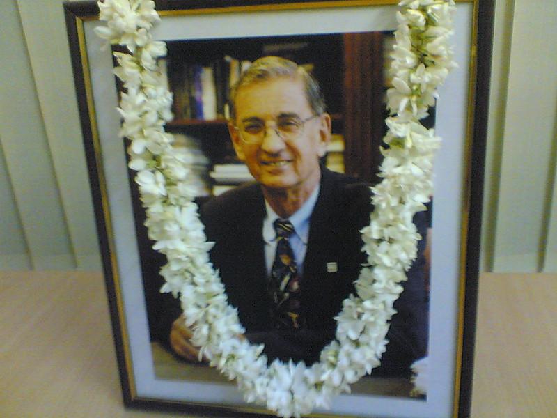 2009 - 02-28 India - In memoriam of Millard Fuller. thl
