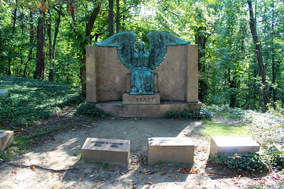 Lake View Cemetery - Angel of Death Victorious / Haserot Angel