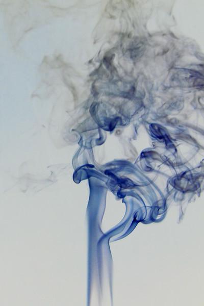 Smoke Trails 5~8729-1ni.