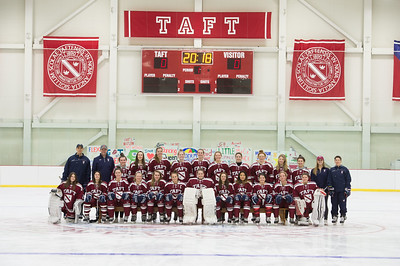 2017-2018 Girls' Varsity Hockey Team Photo