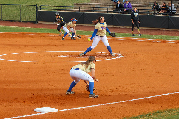2014 Softball: Tulsa vs Wichita State