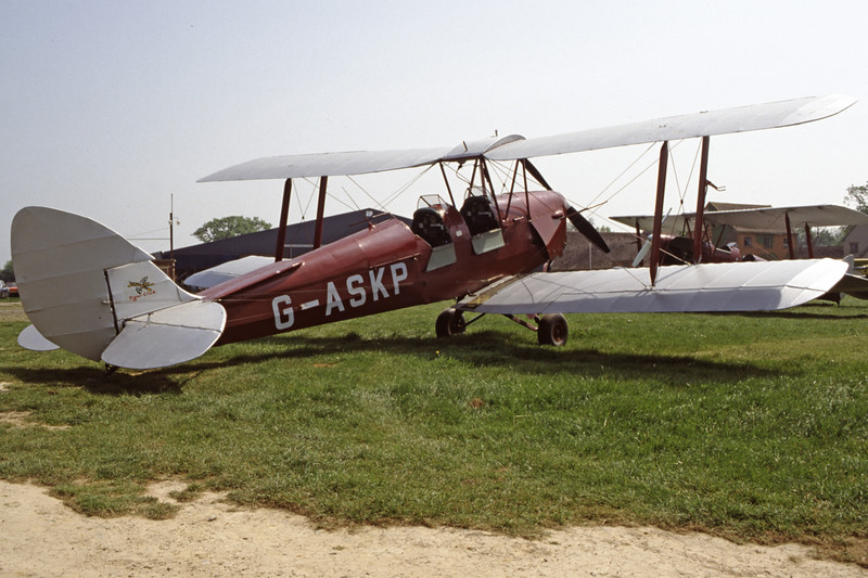 G-ASKP-DH-82ATigerMoth-Private-EGKH-1998-05-12-ER-34-KBVPCollection.jpg