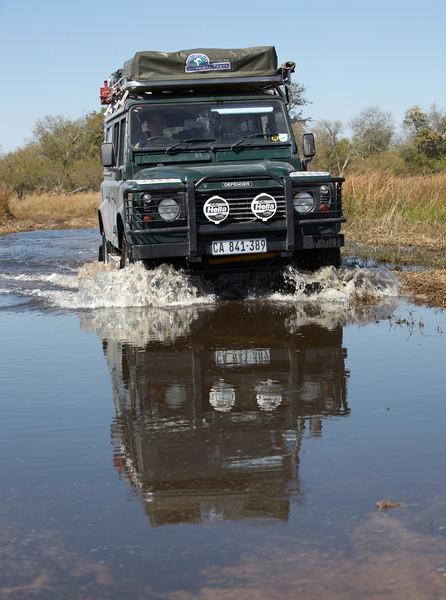 058 Land Rover - 8704.jpg