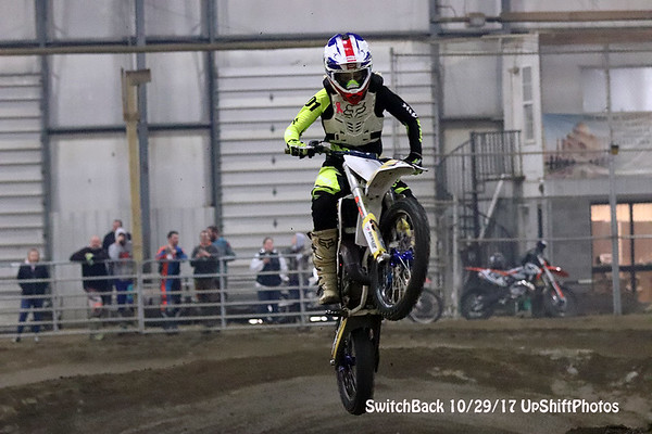 SwitchBack Indoor 10/29/17 UpShiftPhotos