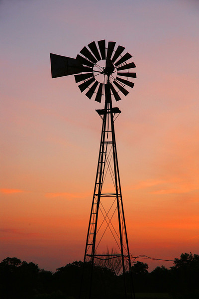 Illinois windmill