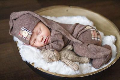 TUCKER | newborn