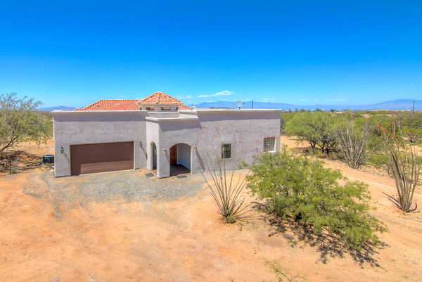 For Sale 7506 W. Bucking Horse Rd., Sahuarita, AZ 85629