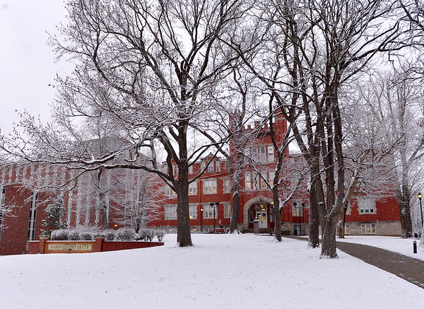 01.21.14 Snow on Campus