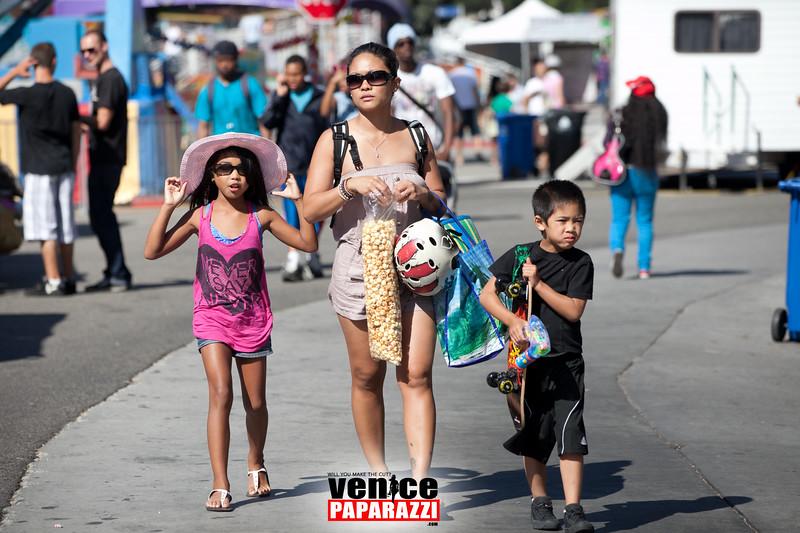 VenicePaparazzi-39.jpg