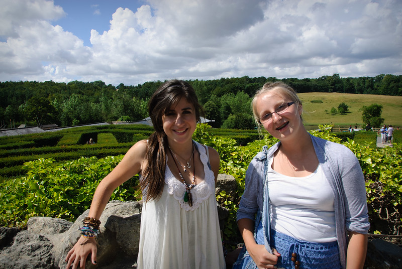 Rachel & Anne made it to the end of the maze at Leeds Castle