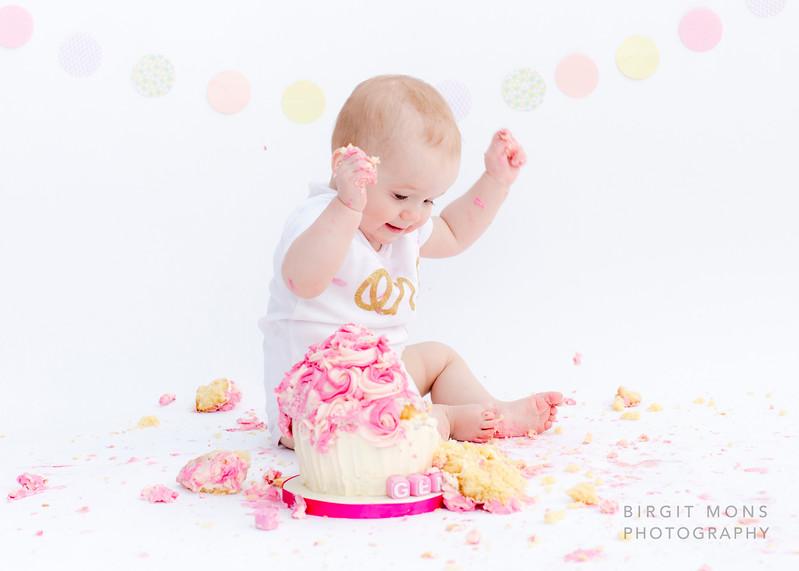 170308 cake smash Imogen-1944.jpg