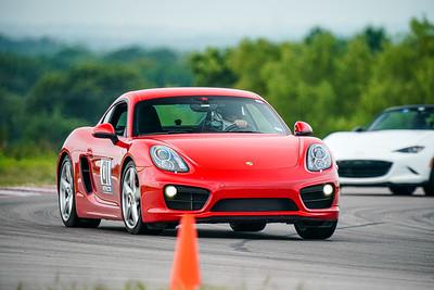 01 Porsche Cayman