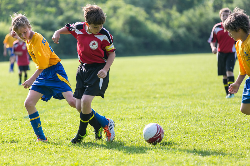 amherst_soccer_club_memorial_day_classic_2012-05-26-00819.jpg