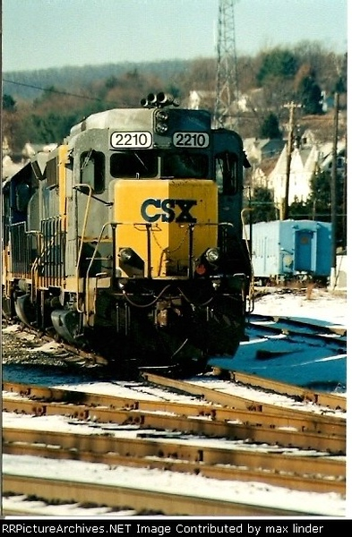 CSXT2210_1998.jpg