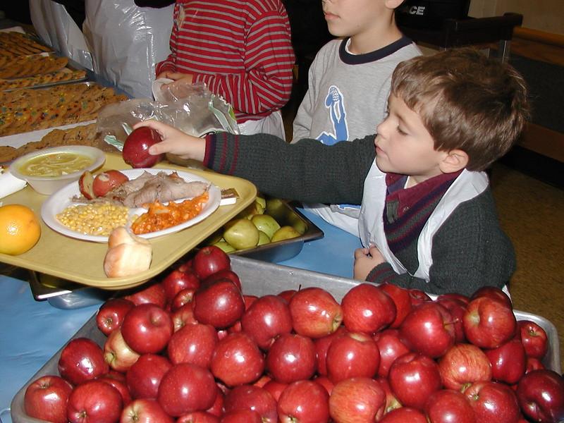 2003-11-15-Homeless-Feeding_020.jpg