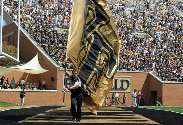 WF flag celebration 02.jpg