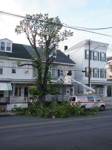 mahanoy city tree incident 5-8-2010 032.JPG