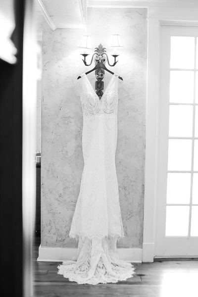 Elegant-Southern-Coastal-Wedding-Neutral-And-White-Details-Photography-By-Laina-Dade-City-Tampa-Area-Wedding-Photographer-Laina-Stafford--19.jpg
