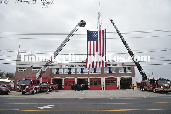 SYOSSET FD EX-CHIEF CHRIS ENGLISH FUNERAL DETAIL 12-13-19
