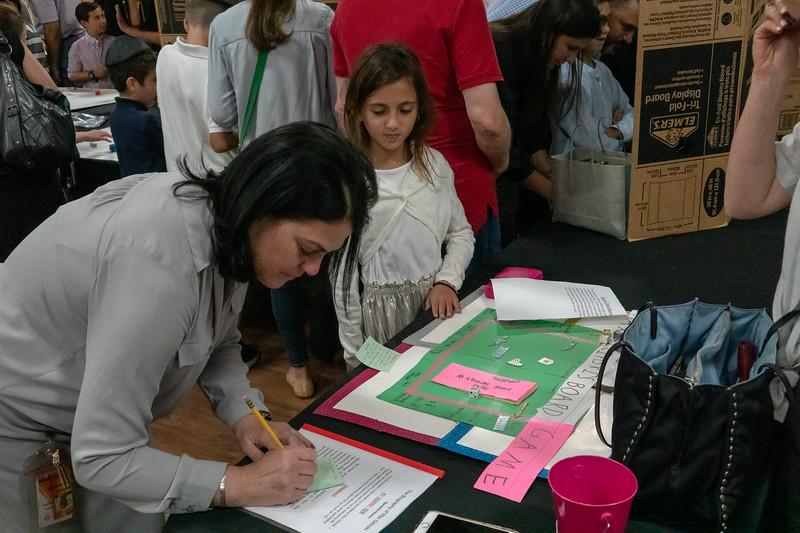 Grade 3 Generations M'Dor L'Dor Project | Scheck Hillel Community School-30.jpg