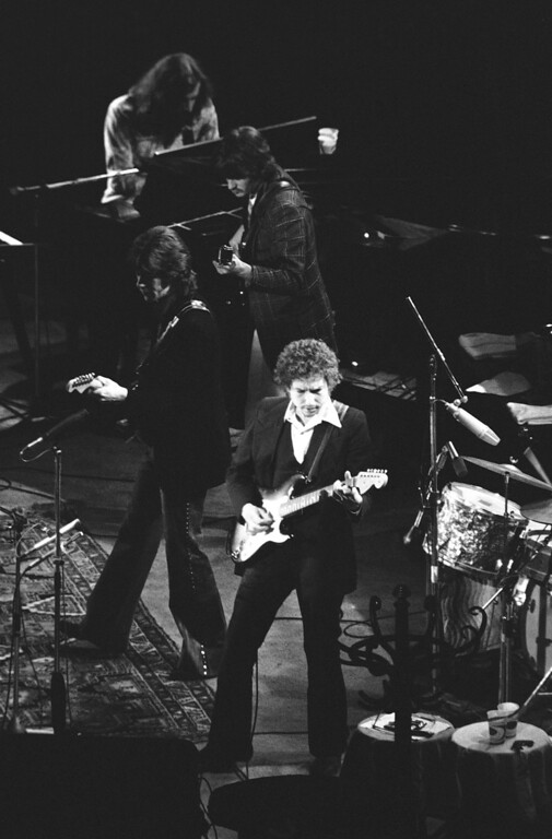 . Backed up by his vocal-instrumental band , Bob Dylan scored a smashing success at the Oakland Coliseum in California on Feb. 11, 1974, the first nationwide tour by this outfit since the 1960s. Continuing every show on the current tour to date has played to sell-out audiences. (AP Photo/Cope)