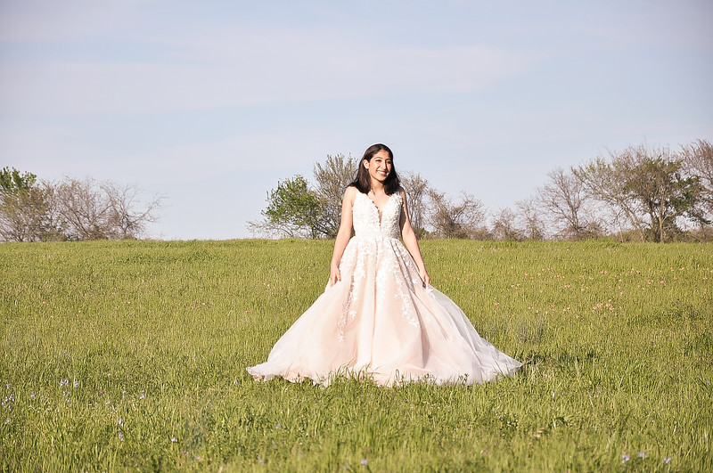2019-03-31 Olivia Avalos Quinceanera Gown 048.jpg