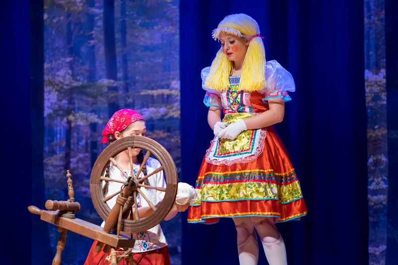2015-11 Cinderella Performance 0424.jpg