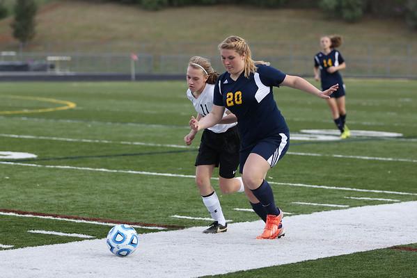 Fluvanna girls soccer edges Monticello 1-0 2014