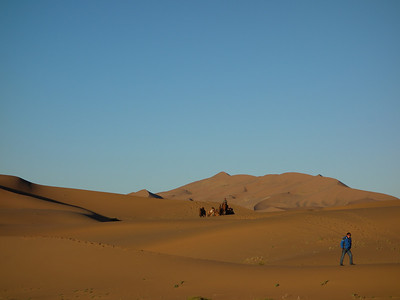 【November】Badain Jaran Desert hiking
