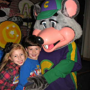 Joey 8 Madi 7 Birthday Chuck E. Cheese