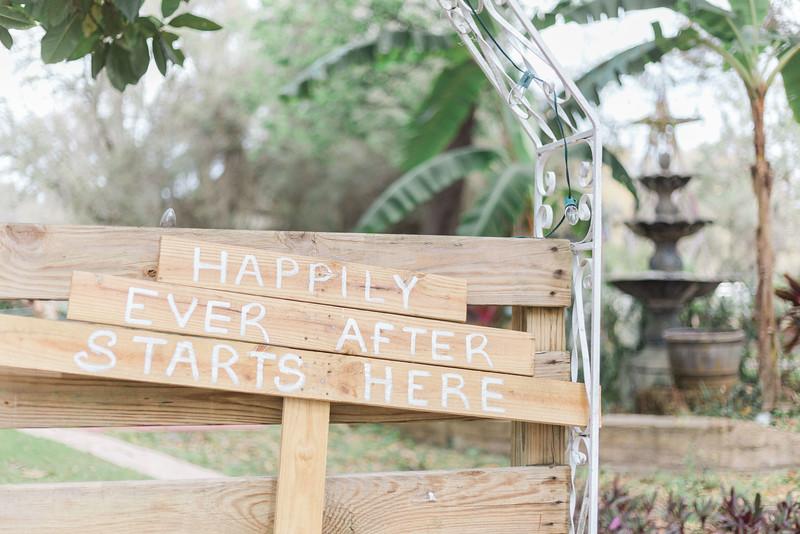 ELP0312 DeRoxtro Oak-K Farm Lakeland wedding-17.jpg