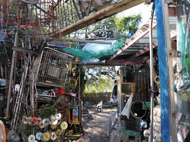 Cathedral of Junk 29.jpg