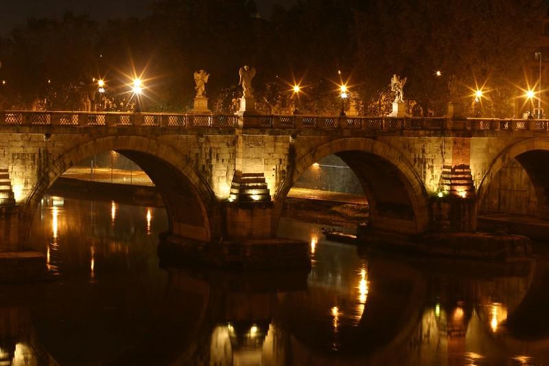 ponte-santangelo-at-night_2087993840_o.jpg