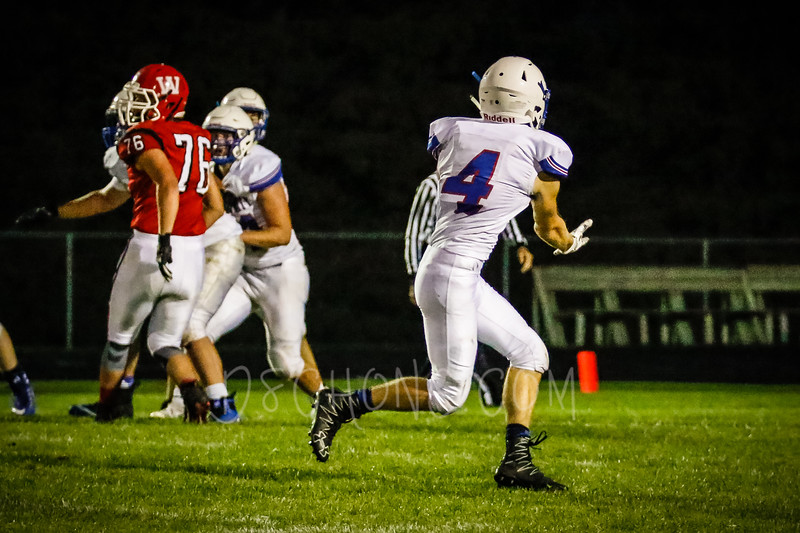 GC Football vs Amery-2307.JPG