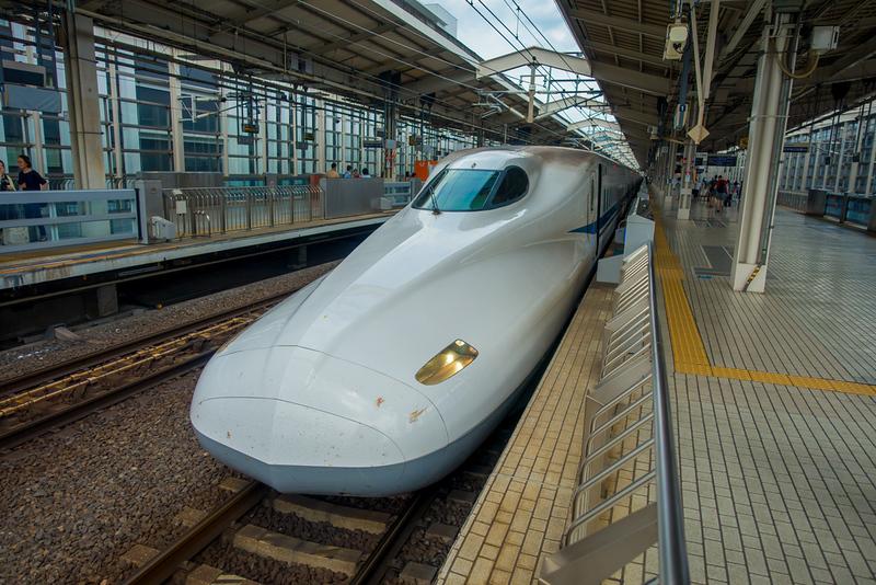 JR700 shinkansen bullet train departing Kyoto station. Editorial credit: Fotos593 / Shutterstock.com