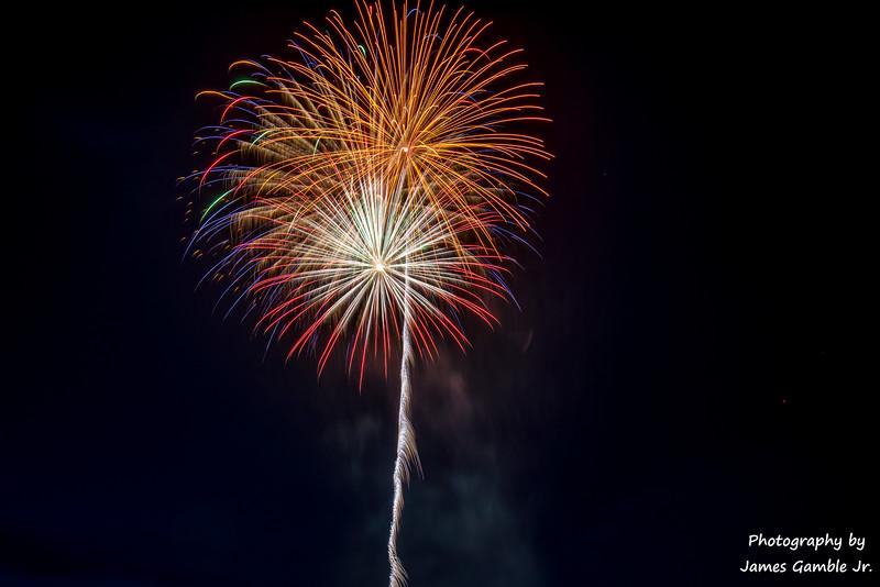 Fourth-of-July-Fireworks-2016-0338.jpg