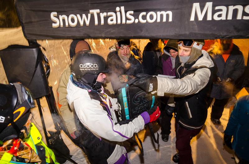 Nighttime-Rail-Jam_Snow-Trails-242.jpg